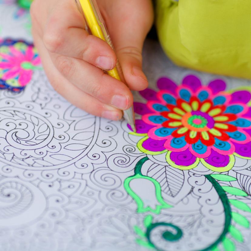 塗り絵は大人が楽しむものストレス発散効果がすごい Workport