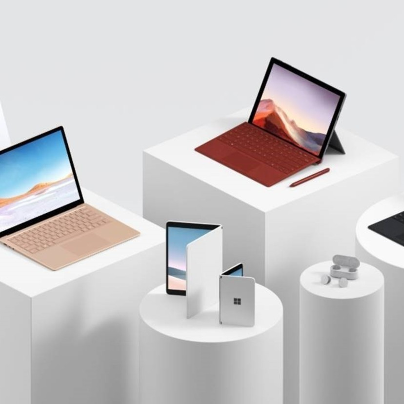 Microsoft、Android搭載の折りたたみスマホ「Surface Duo」を発表