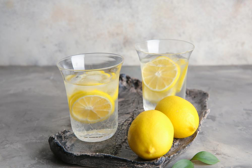 レモンウォーターの作り方基礎・今日から爽やかな朝をスタートしよう! | WORKPORT+
